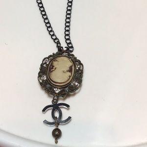 Simply elegant Cameo designer necklace.